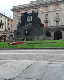 Savona Piazza Mameli, monumento ai Caduti (Ph: Provincia di Savona)