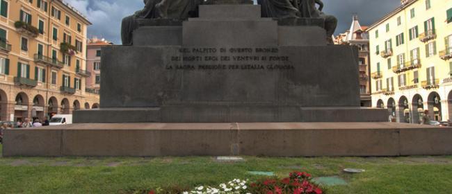 Monumento ai Caduti, Savona (Ph: Franco Galatolo)