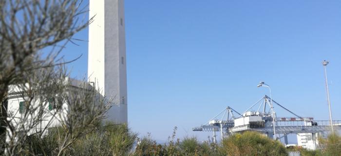 Il Faro di Vado Ligure (Ph: Piera Squarci)