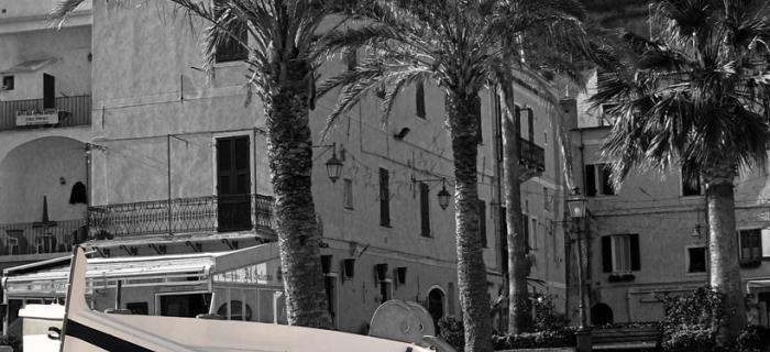 Gozzi a Laigueglia (Ph: Franco Galatolo)