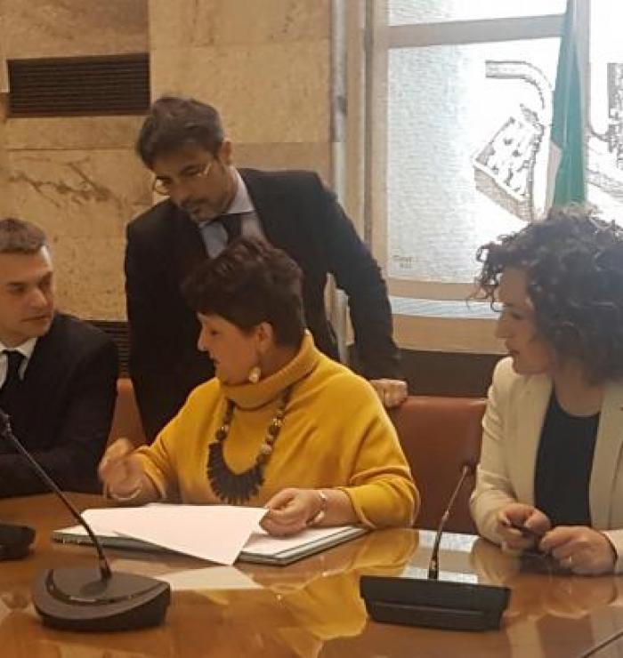 Firma dell'accordo (Ph: Provincia di Savona)